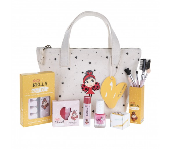 MISS NELLA : Christmas Eve Essentials Special Edition